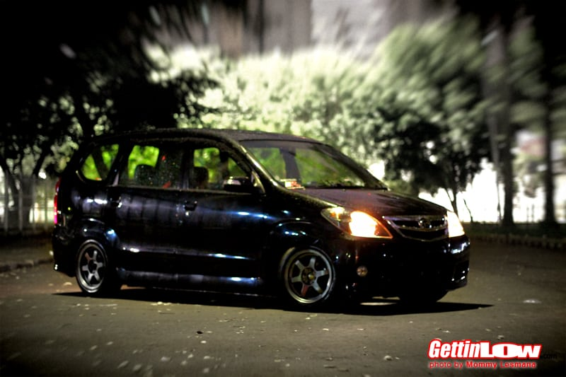 Gettinlow Extreme Low Black Daihatsu Xenia Li