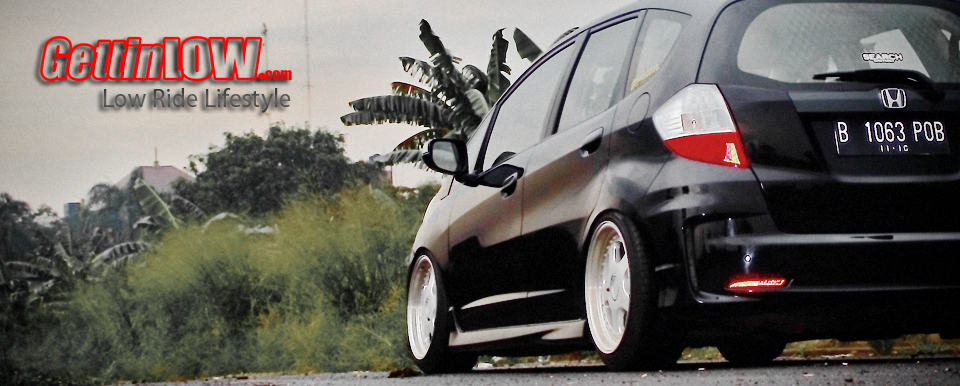 Clean and Low Honda Jazz GE 2011 Malcolm