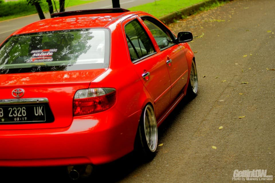 Gettinlow Lowered Red Toyota Vios G 2004