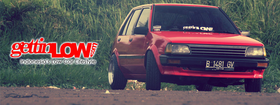 Red Toyota Starlet 1