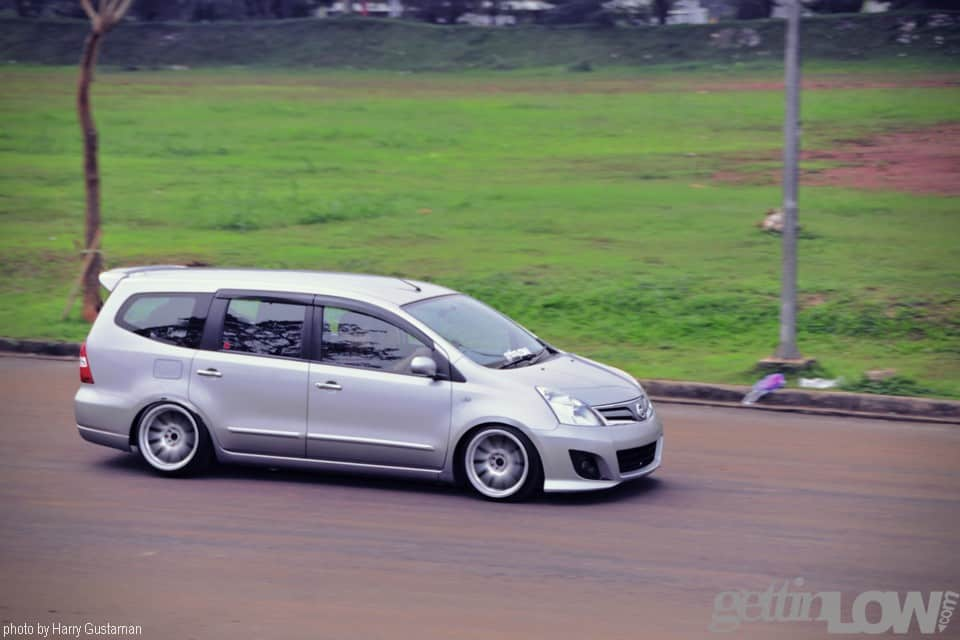 Nissan Grand Livina Owned by Fachri Bakrie