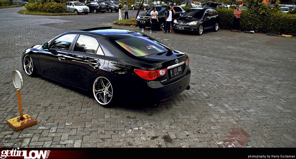 Gettinlow Gustavo S 2013 Toyota Mark X