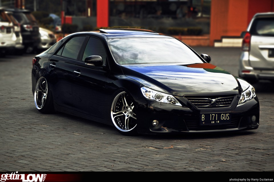 GETTINLOW | Gustavo's 2013 Toyota Mark X
