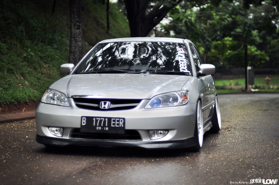 GETTINLOW - Simon Benito's 2004 Honda Civic VTiS