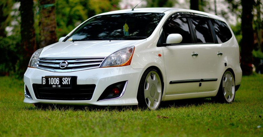Erroy's 2013 Nissan Grand Livina