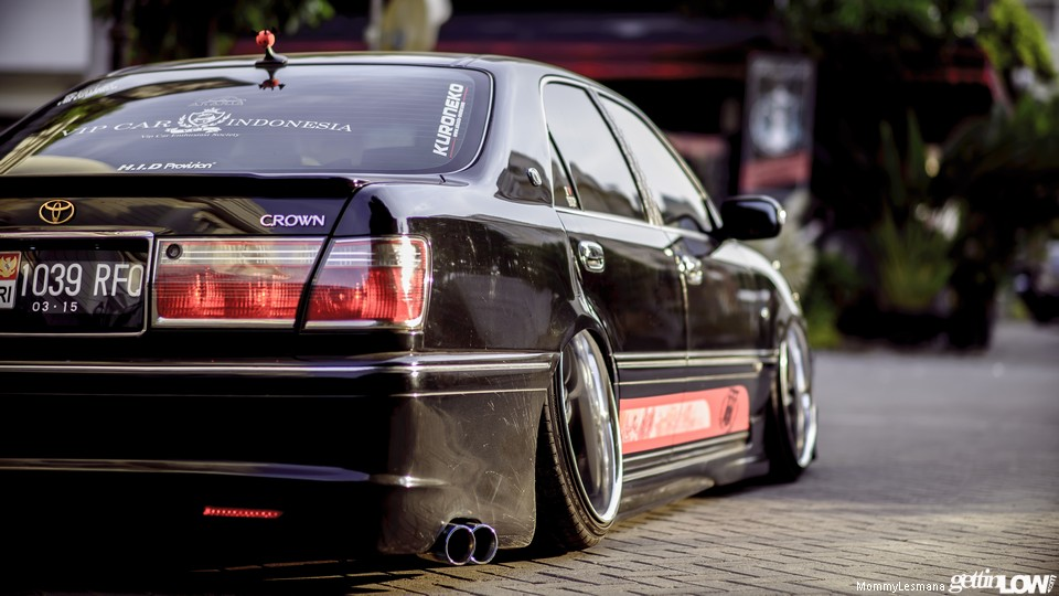 Arie's VIP 2001 Toyota Crown