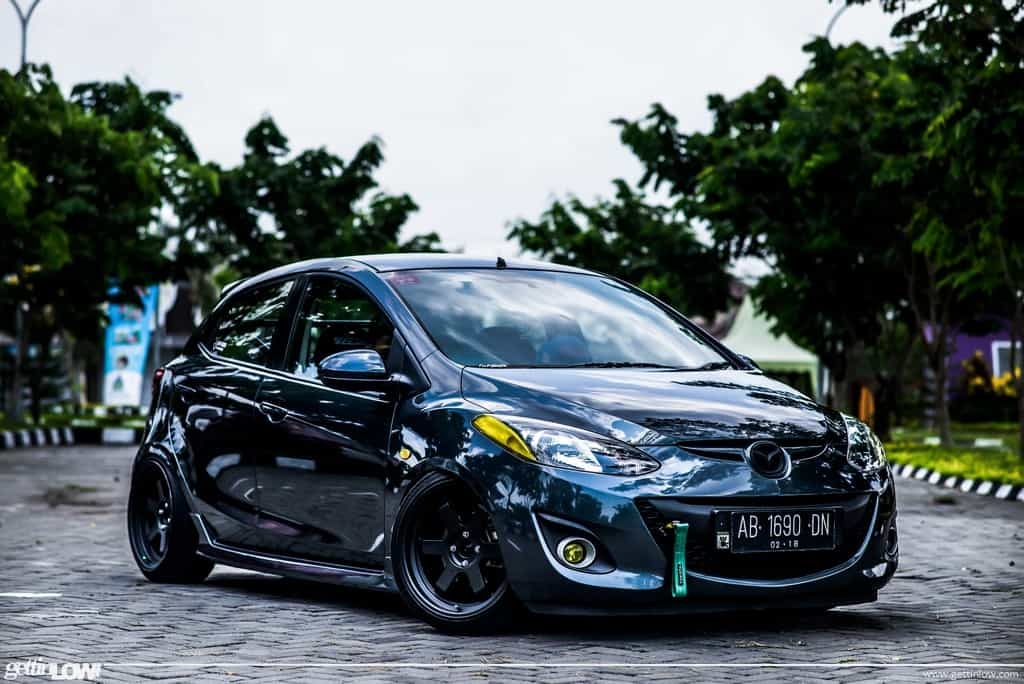 gettinlow bobby satria 2012 mazda 2 sport s. Black Bedroom Furniture Sets. Home Design Ideas