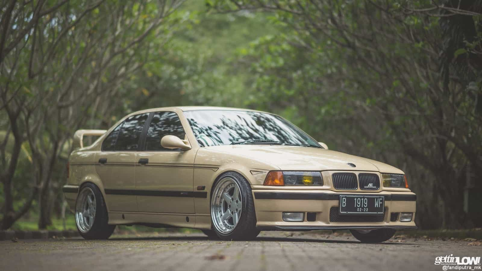 Doddy Krisnanto: BMW e36-323i 1997 2.3l on Sahara