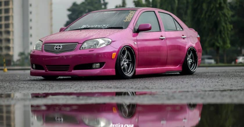 Frendzy: bagged TOYOTA LIMO 2004