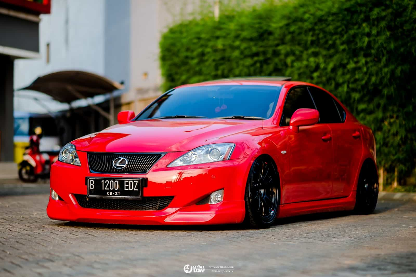 Heru's bagged 2008 LEXUS IS300 on SSR Type F