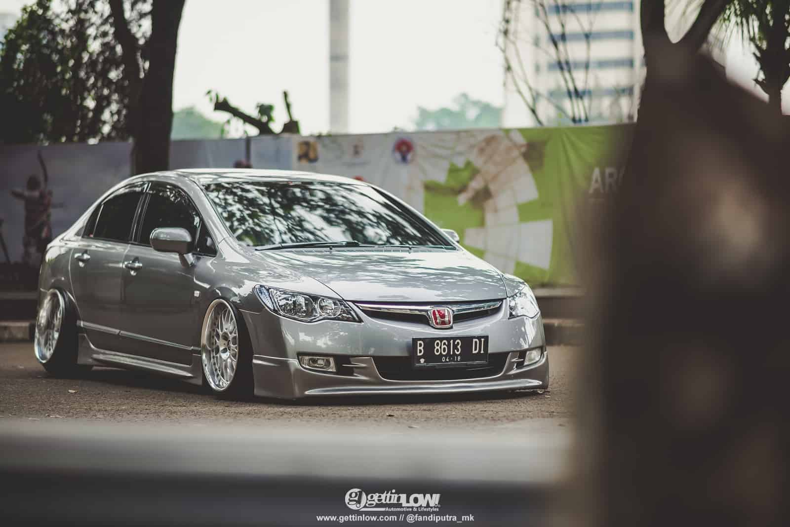 Iksan Syah: 2008 Honda Civic FD on Work VSXX