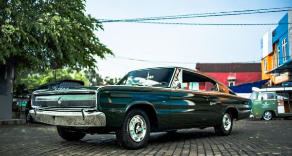 Classic Han's Room's 1966 Dodge Charger V8
